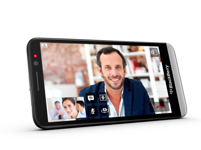 Blackberry Has Launched Z30 In India  Also, BBM Saw Over 10 Million