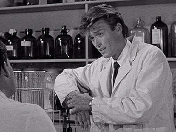 1955: 25-year-old Eastwood has an uncredited bit part in 'Revenge Of The  Creature.' | Business Insider India