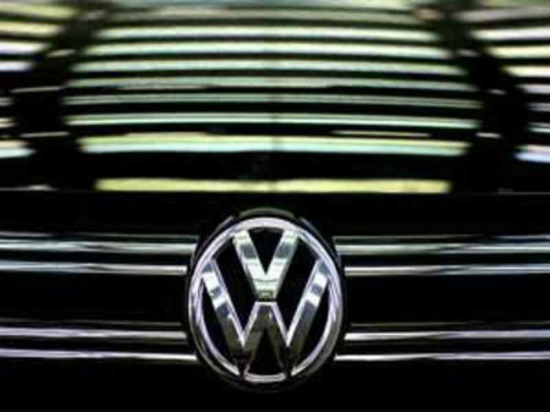 Volkswagen loses 16 9 billion in market value after rigging claims