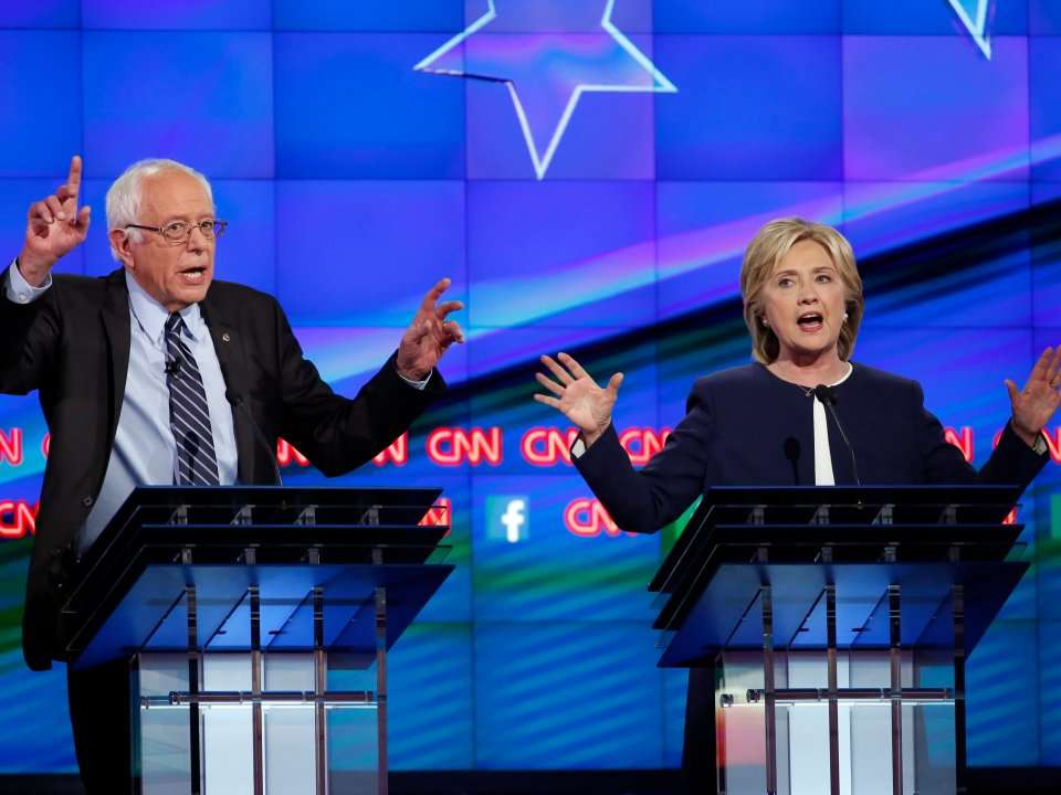 an examination of the cnn democratic national debate between bernie sanders and hillary clinton