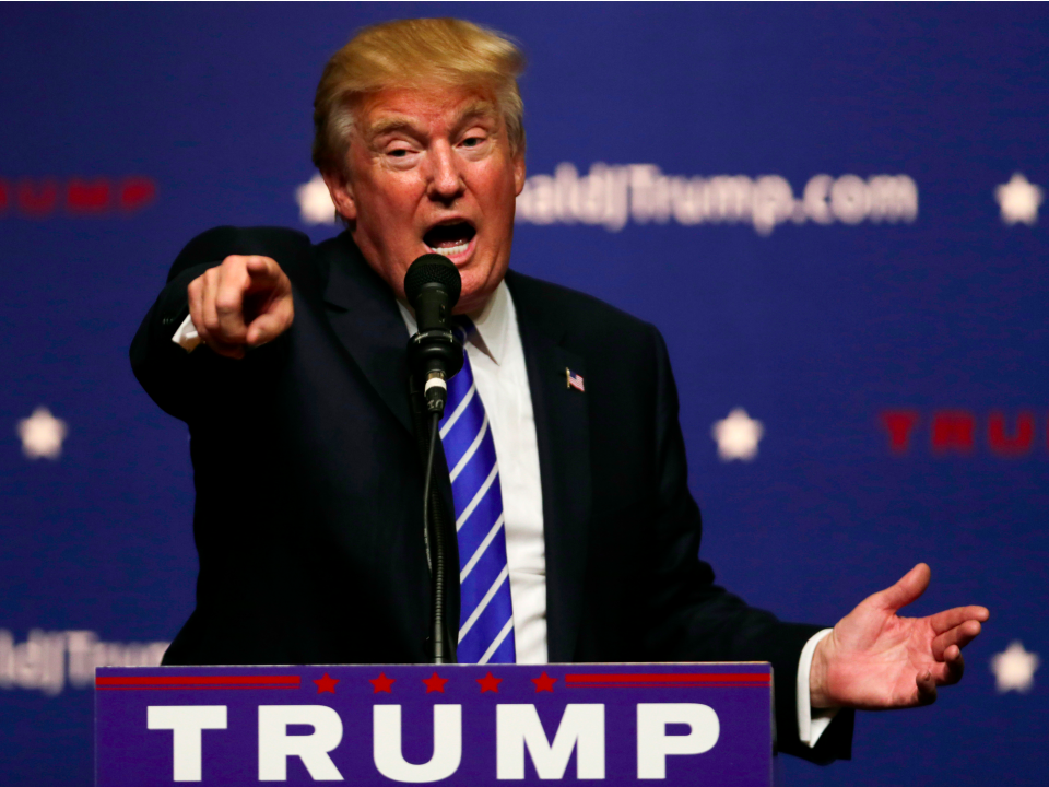 This one-minute-long, 220-word answer given by Donald Trump proves he's the ultimate salesman