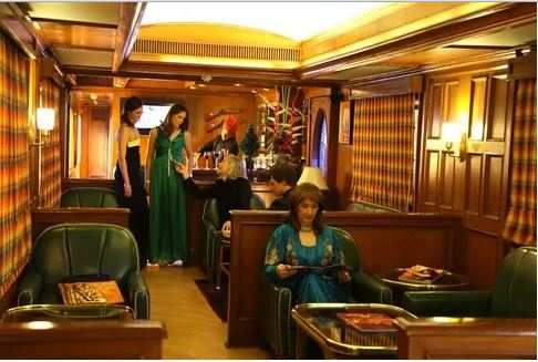 This Is What It Is Like To Travel In Maharaja Express India S Palace On Wheels Business Insider India