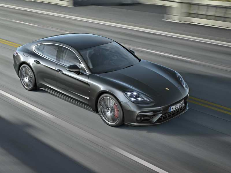 Porsche Panamera Turbo sets a new record at Nurburgring