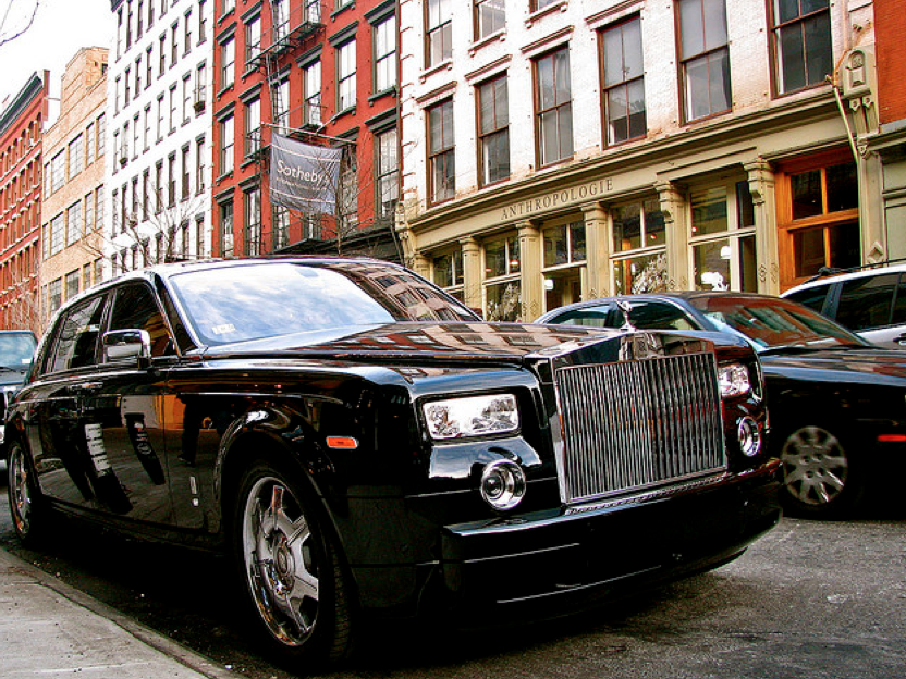 Uber Lux Cars >> For Those Looking For A More Upscale Ride Uber Offers