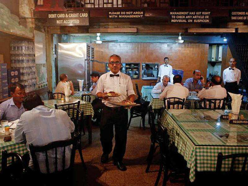 Payment of 'service charge' at restaurants not mandatory, clarifies govt