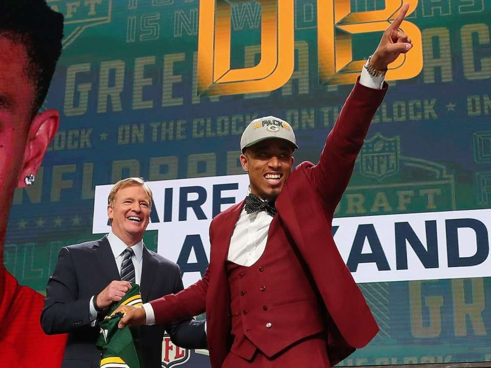 6c059db80 Every pick from the first round of the 2018 NFL Draft will likely get  multi-million dollar contracts - here s what each player is expected to  make ...