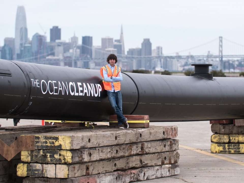 The massive plastic-cleaning device invented by a 24-year-old is headed out to the Great Pacific Garbage Patch - here's what the launch looked like