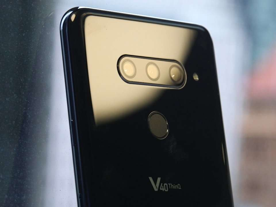 This smartphone has 5 cameras - here's what it's like thumbnail