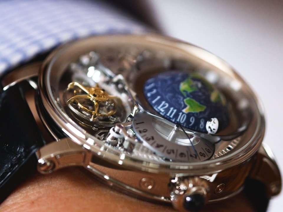 godere del prezzo di liquidazione alta moda bello design Perché questo orologio Bovet costa oltre $ 450.000