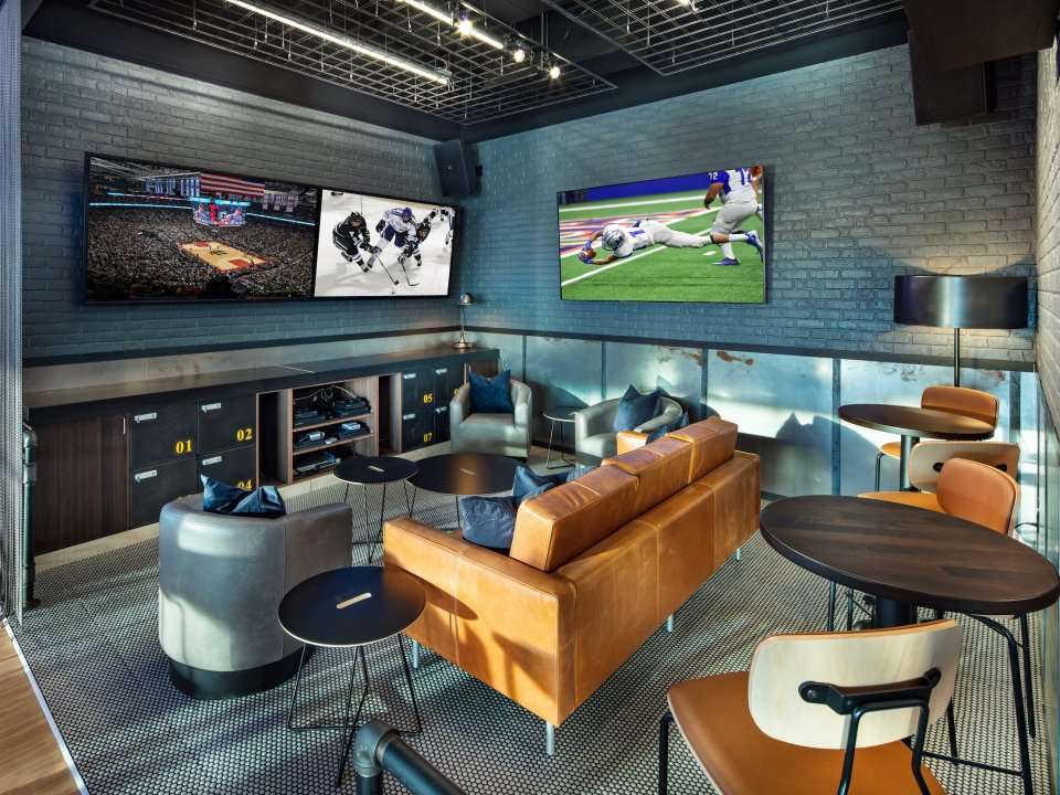 9ffdc6272e4 Buffalo Wild Wings debuts its restaurant of the future, with cocktails,  self-service beer taps, and Xbox gaming consoles | Business Insider India