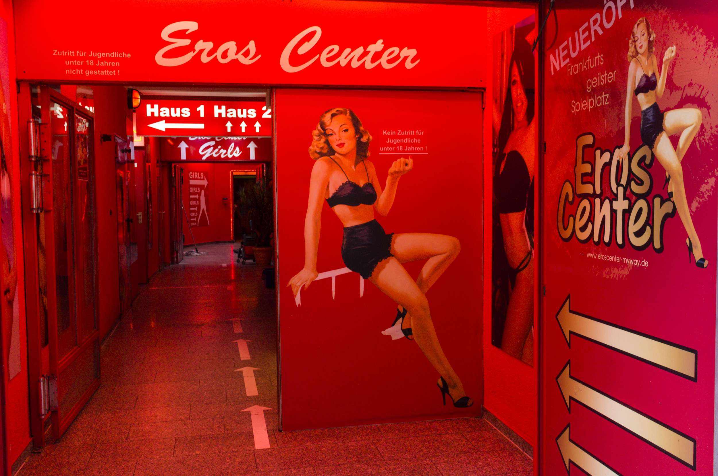 German red-light districts like Reeperbahn are typically