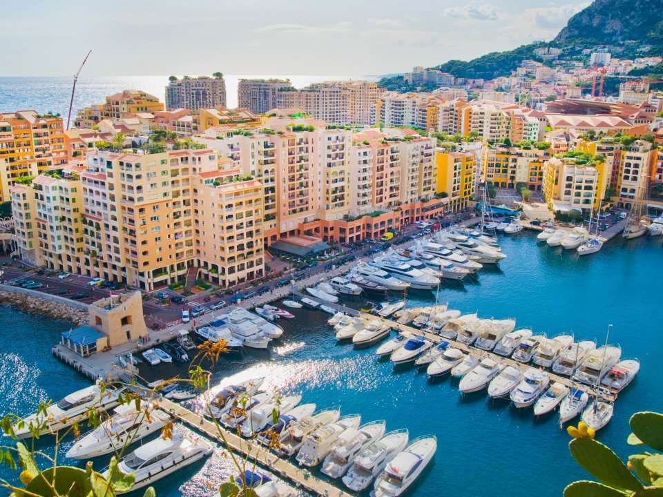 15 astounding facts about monaco the tiny french riviera city state where 32 of the population is made up of millionaires.'