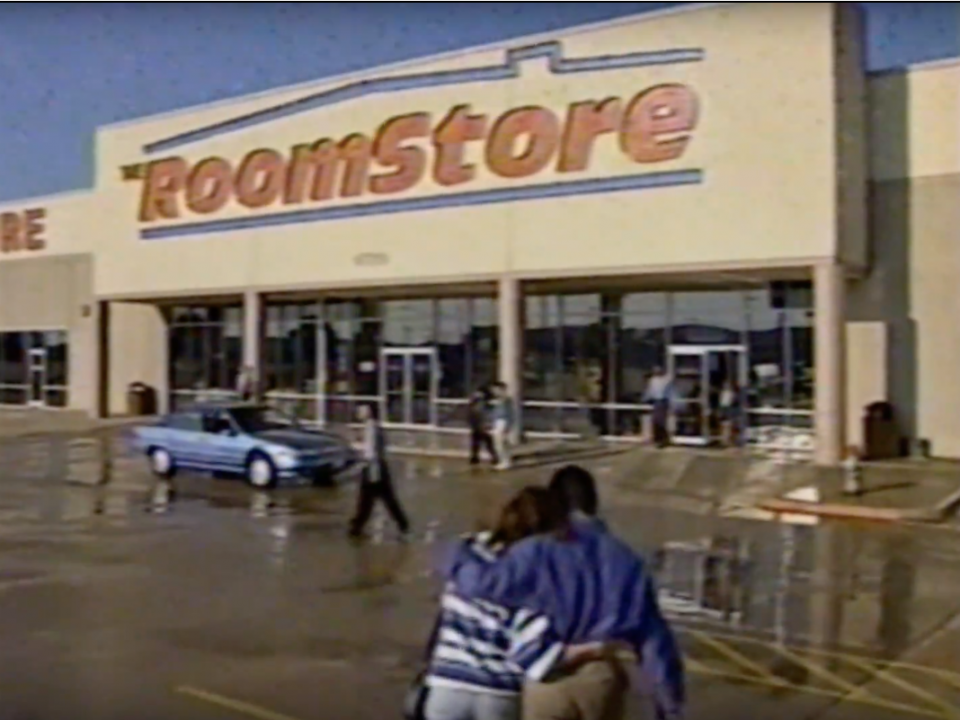 6 furniture-store chains that aren't around anymore