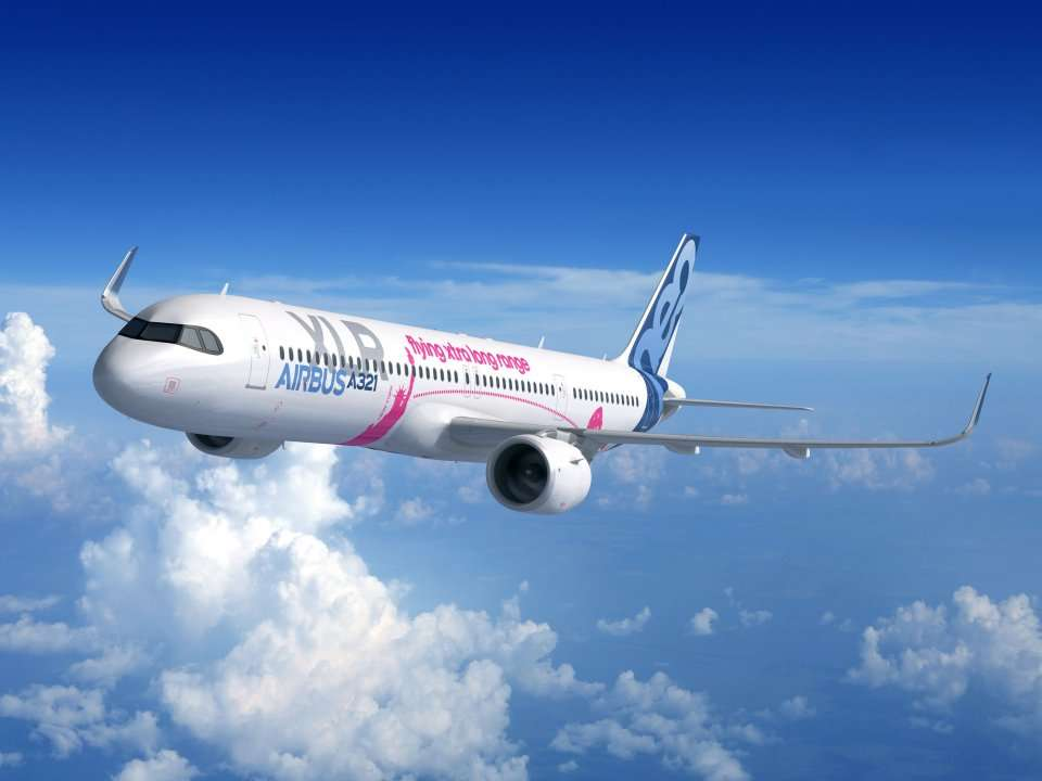 Boeing's 737 officially lost the title of world's most popular airplane. Airbus' competitor just passed it in - Business Insider India
