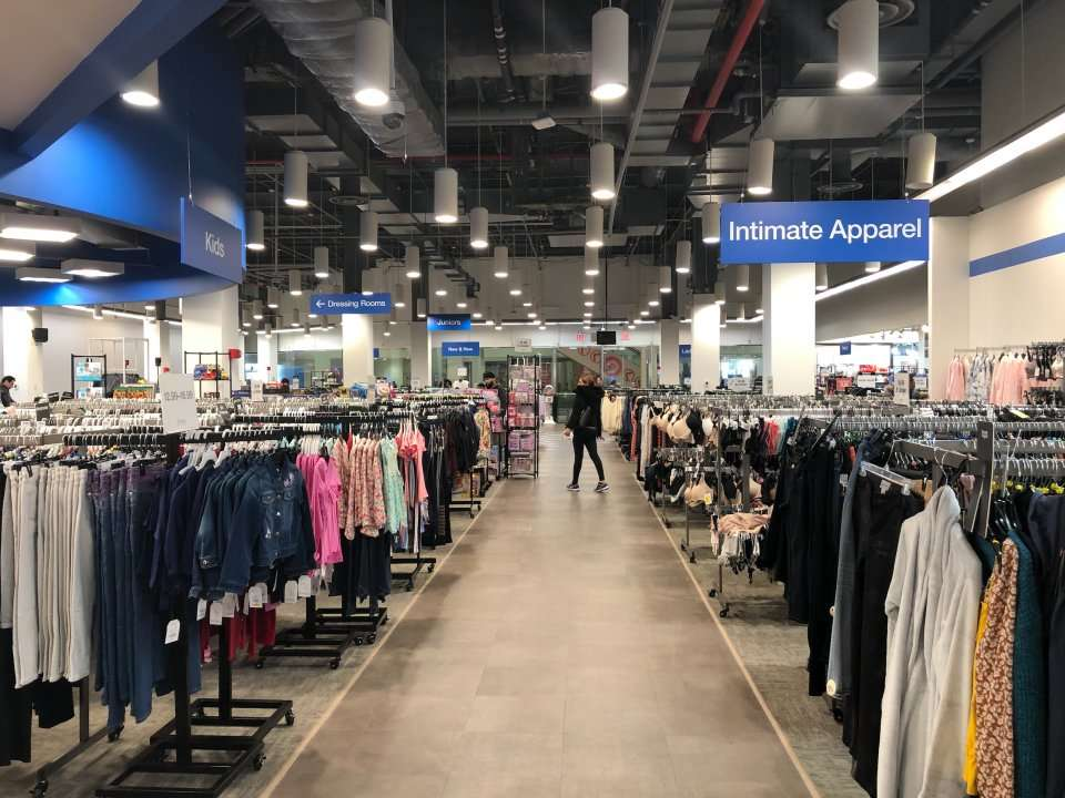 We went shopping at Macy's Backstage and saw why the department-store chain is banking on its off-price model