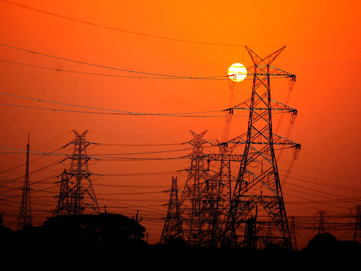 India's power grids gear up for 1.3 billion people switching of their lights on April 5