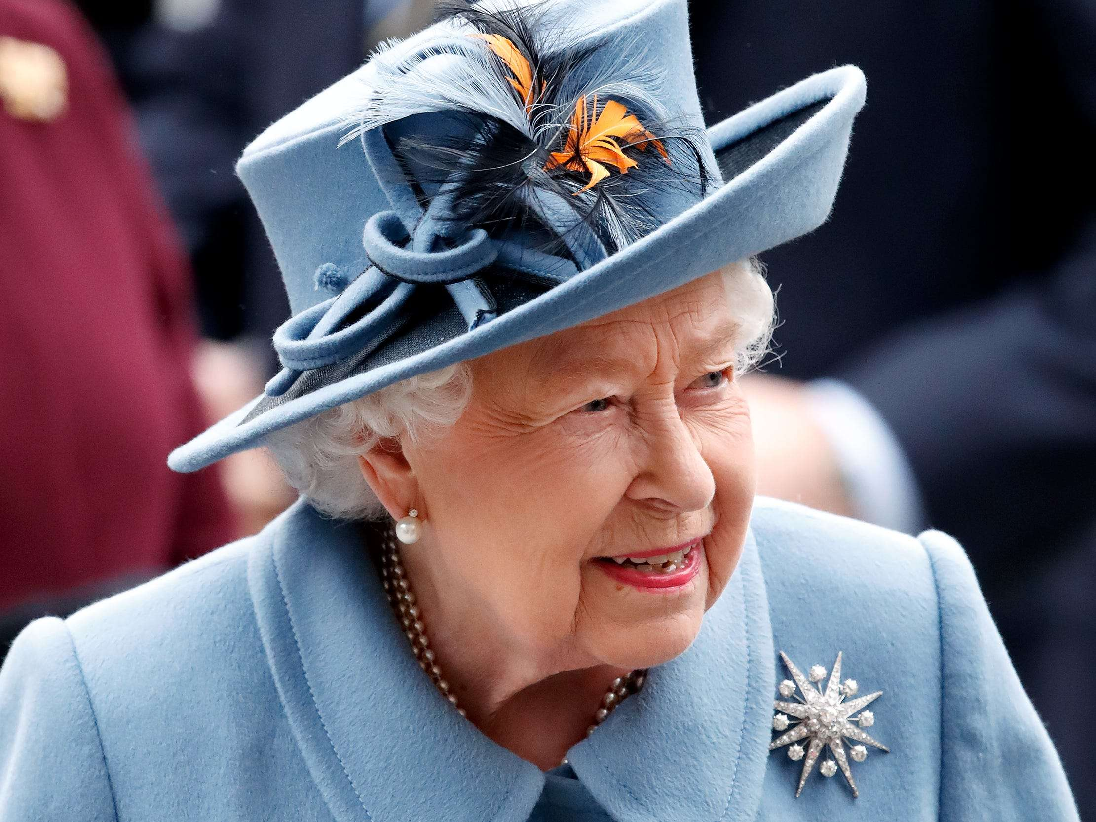 A Fashion Designer Who Has Styled The Queen Is Now Making Medical Scrubs For Uk Healthcare Workers Business Insider India