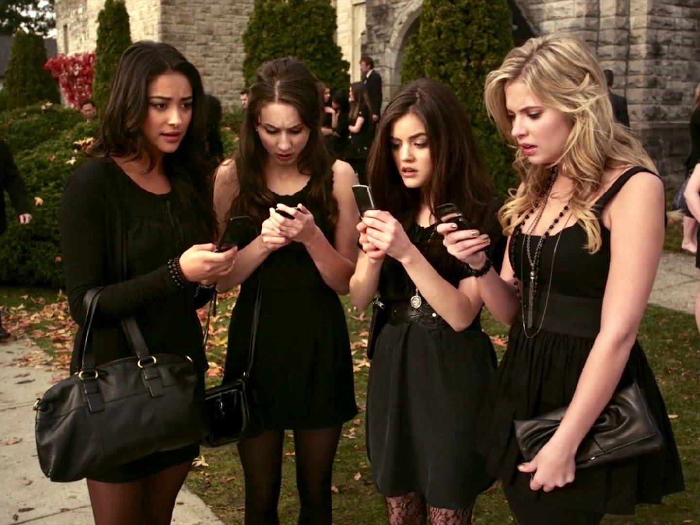 17 people you probably forgot guest-starred on 'Pretty Little Liars'