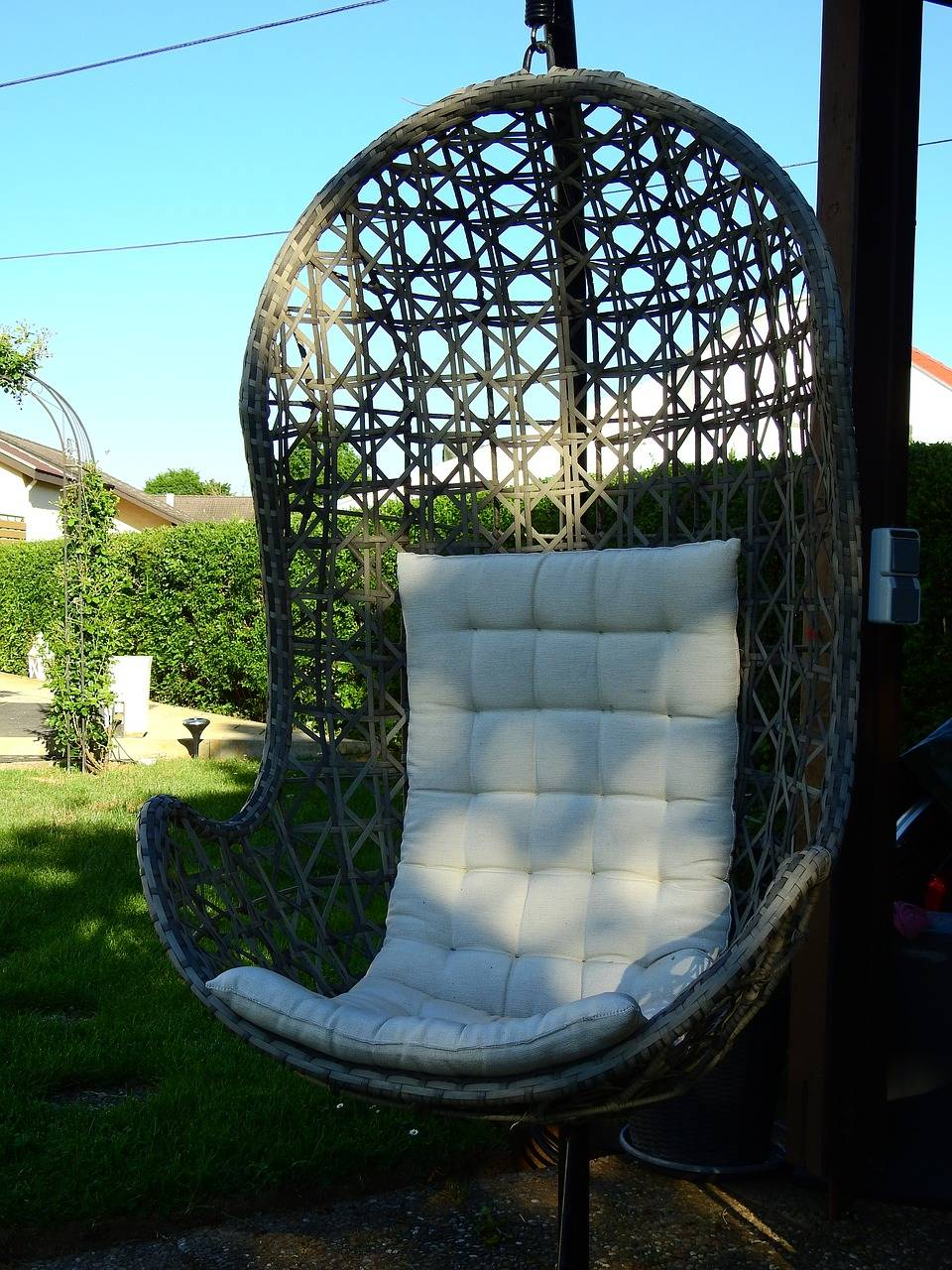 Picture of: Best Swing Chairs For Indoors Outdoors Business Insider India