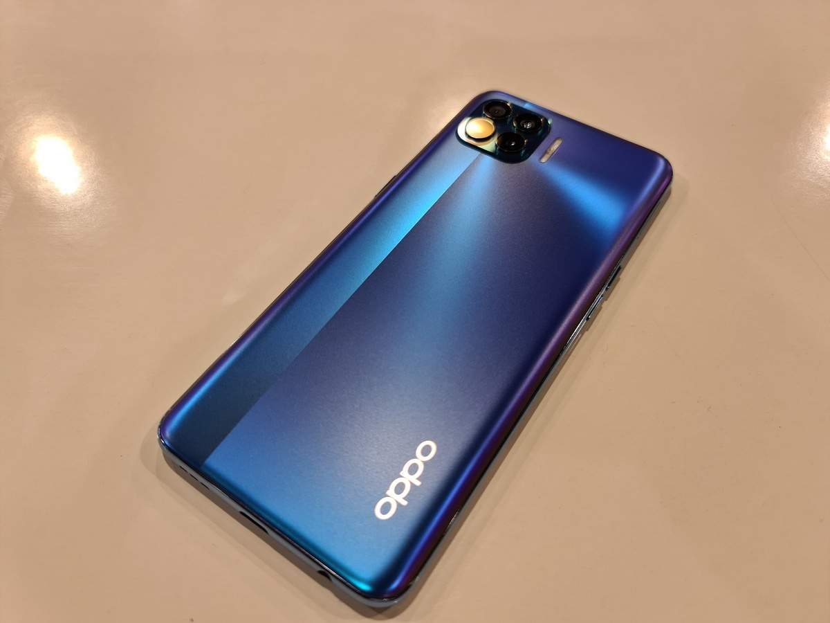 Oppo F17 Pro Mobile Quick Review Slim Light And Affordable