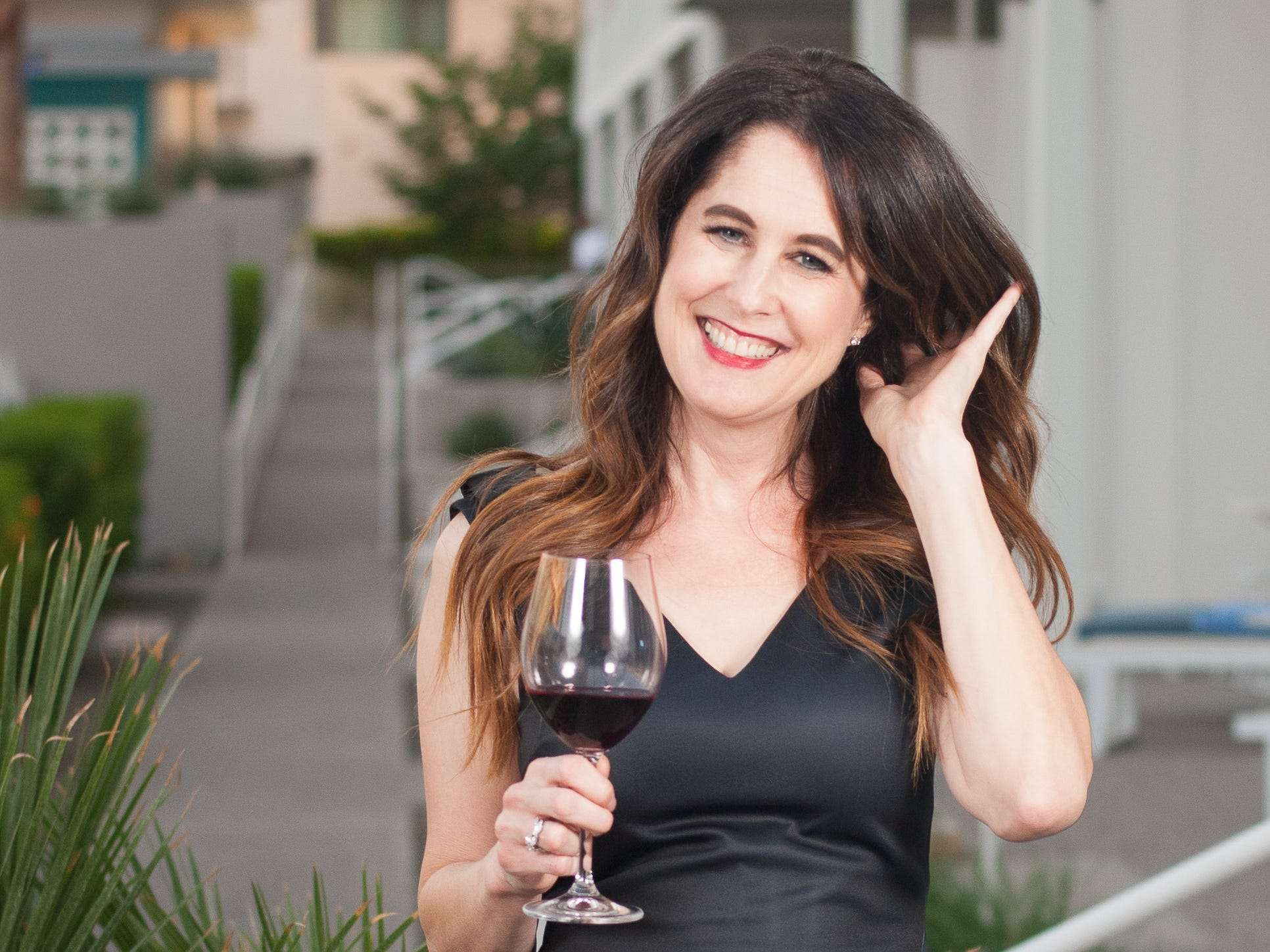 I'm a wine consultant who creates custom tastings and dinners for private clients. Here's how I transitioned from writing about wine to running my own business.