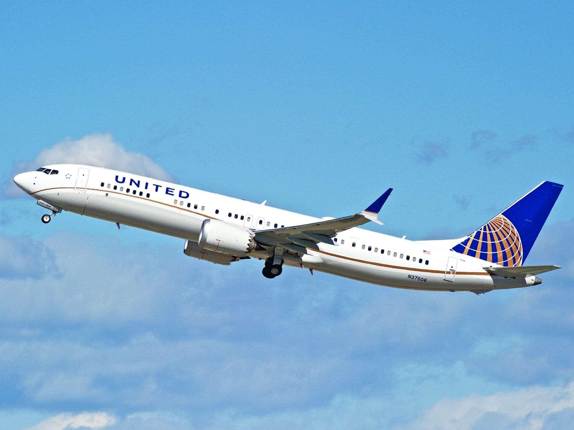 Las aerolíneas estadounidenses están permitiendo a los pasajeros evitar el Boeing 737 Max cuando regrese a los cielos en los próximos meses; vea cómo