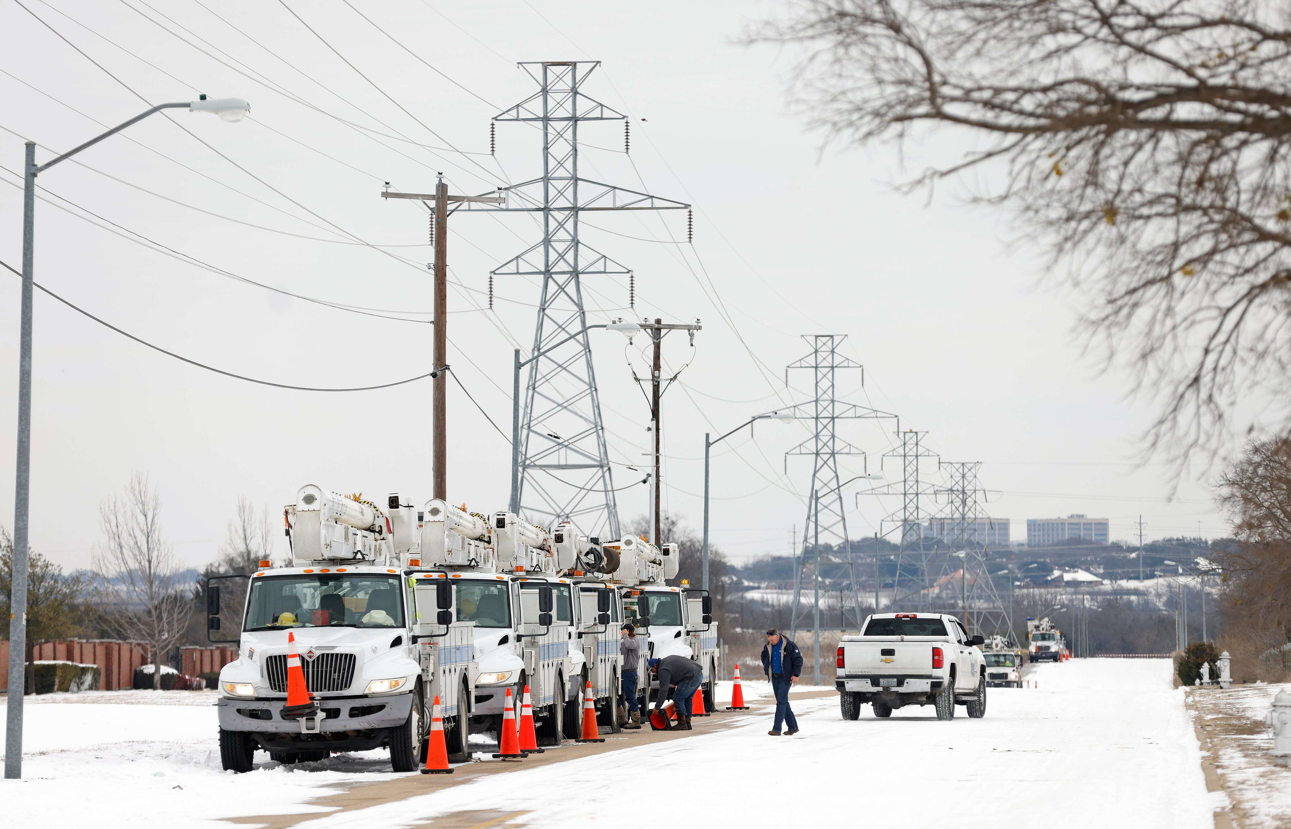 Texas blackouts explained: Arctic weather shut down power plants as demand for heat surged, and the state's gr - Business Insider India