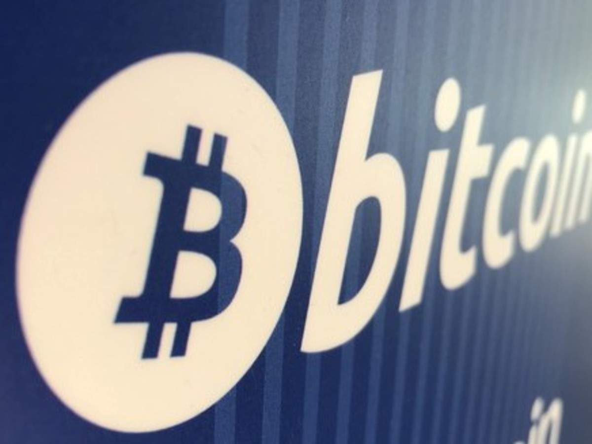 Today's top tech news: Samsung wants to sue Apple, Bitcoin