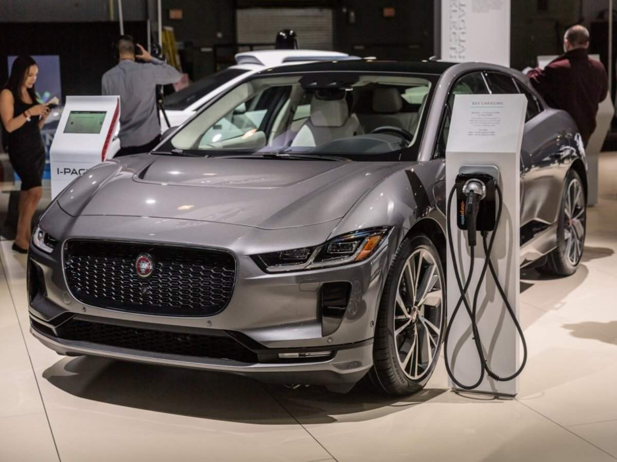 Tesla rivals Jaguar I-Pace and Audi e-tron are reportedly struggling to compete - here's how the cars actuall