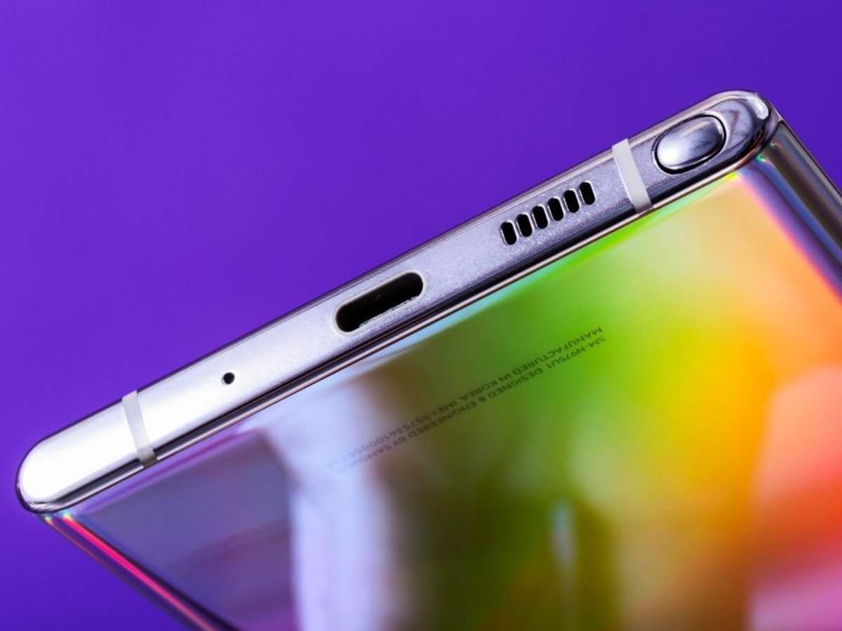 Samsung's new Galaxy Note 10 is the company's first smartphone without a headphone jack, and Samsung didn't i