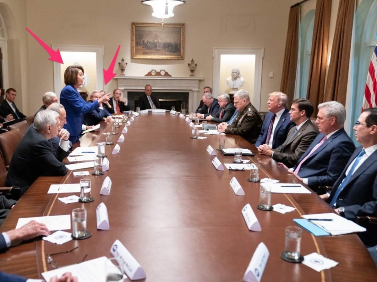 The most shocking part of the 'meltdown' photo Trump tweeted isn't who's in it - it's who isn't