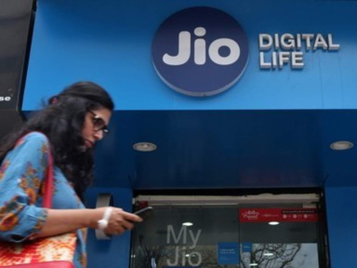 Reliance Jio is now trading up as it drops its cheapest prepaid packs