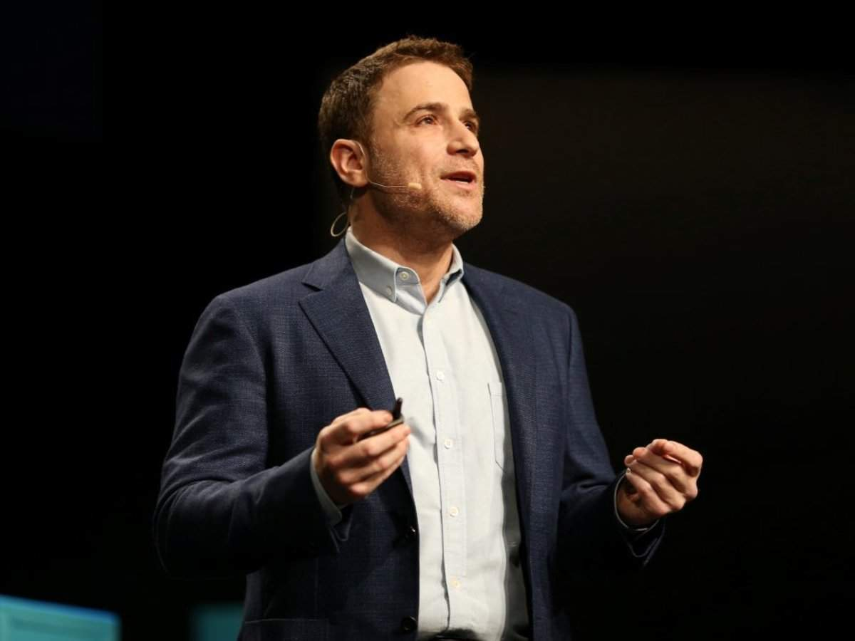 Slack CEO disses Microsoft Teams hyper growth: Users of dead Microsoft products are being 'force migrated'