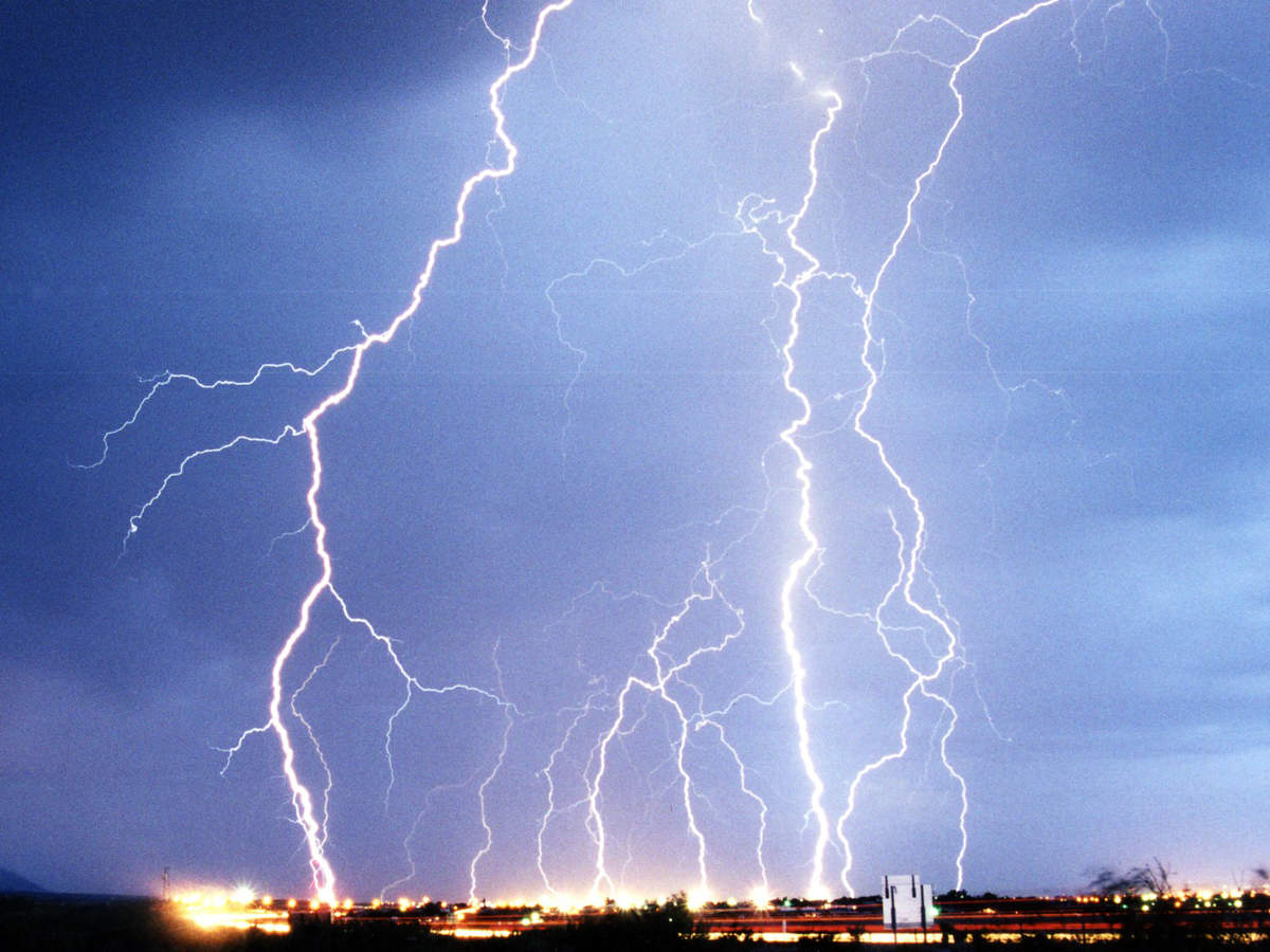Effects of lightning strikes on the human body