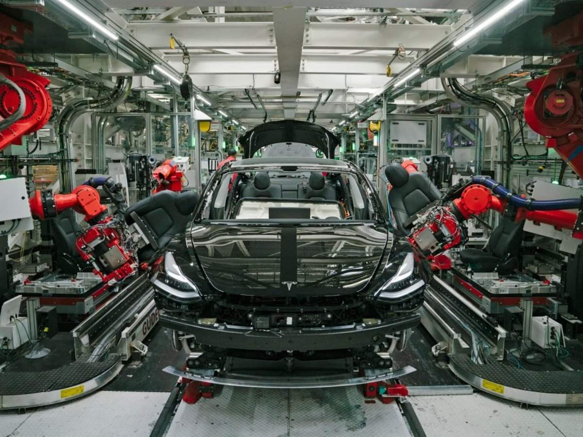 Tesla could build 500,000 vehicles per year at its new factory in Germany. Here's how the company's plants co