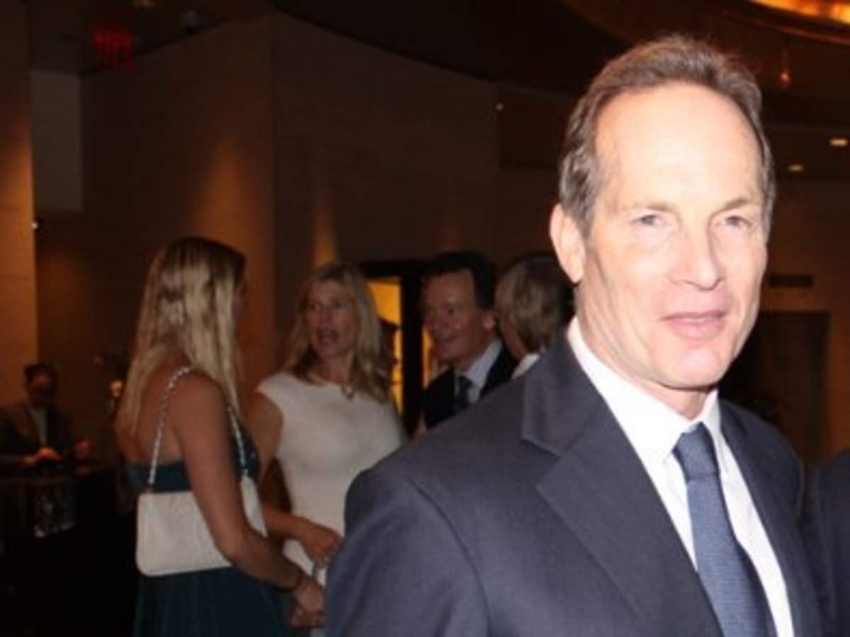 Billionaire Glenn Dubin just retired from his hedge fund, and he said his family's ties with Jeffrey Epstein