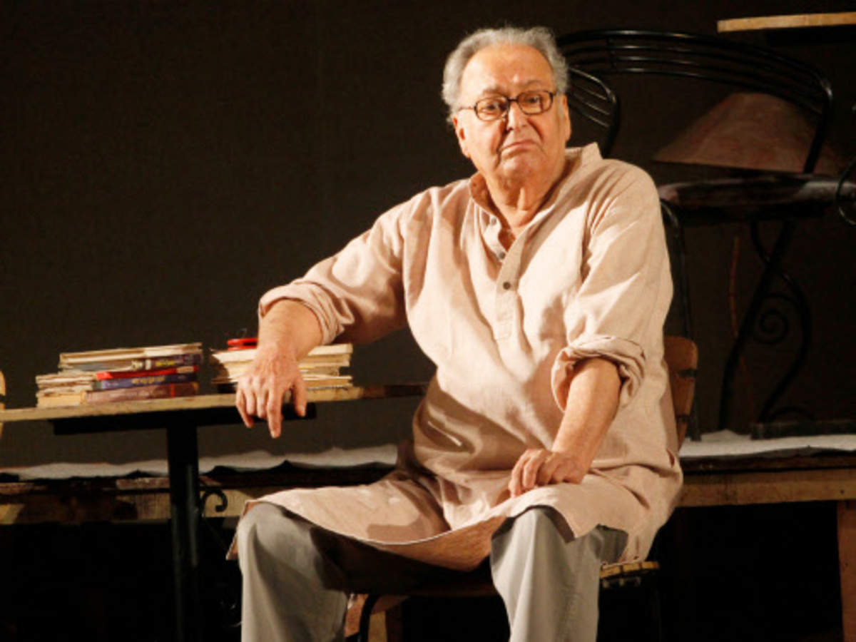 Soumitra Chatterjee – the journey from being Satyajit Ray's Apu to one of  India's finest actors | Business Insider India