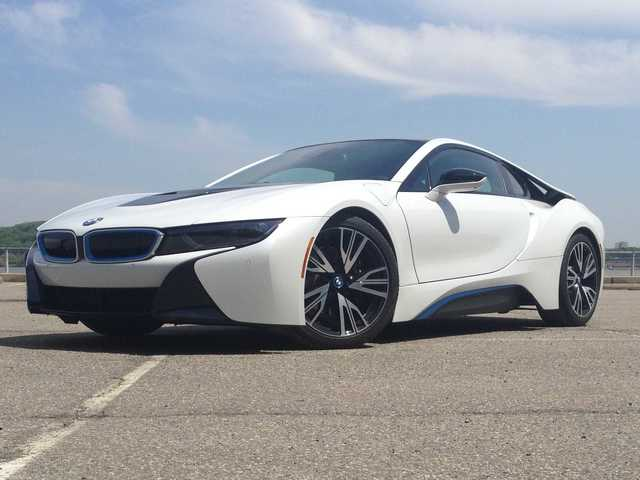 The Bmw I8 Is The Sports Car Of The Future And We Drove It Through