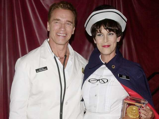 Former California Gov. Arnold Schwarzenegger and actress Jamie Lee Curtis in 2001, several months before he announced his bid for governor of California.