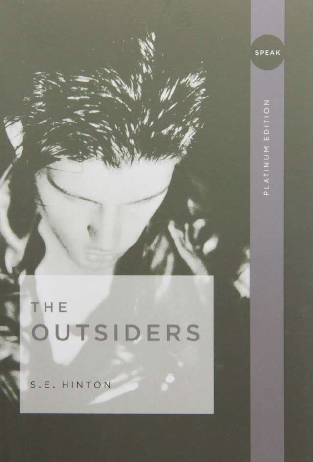 an analysis of tragic themes in the outsiders by se hinton