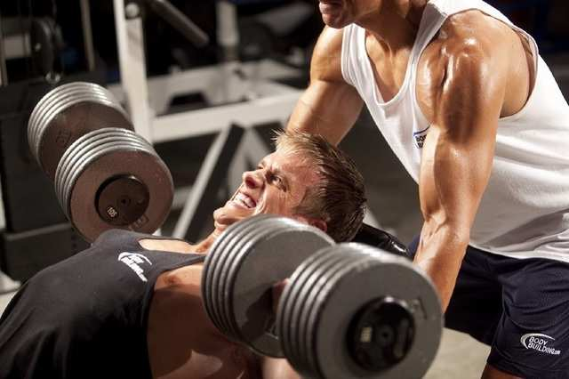Shout out to men! 5 ways that'll help you build body, gain muscles    BusinessInsider India