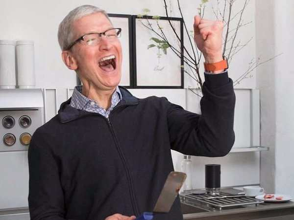 The Morgan Stanley Reaffirms Overweight Rating for Apple Inc. (AAPL)