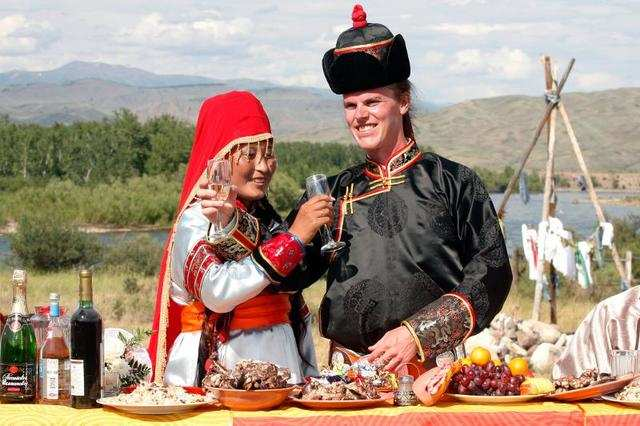 The Tuvan national costume reflects a nomadic way of life. Garments could easily be worn while riding a horse and feature bright colors and rich detail.