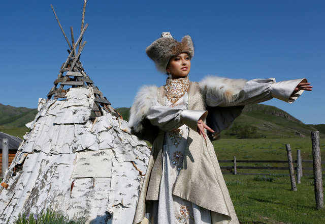 The traditional bride's costume among the Khakas people, who live in Russia, features a wool hat and heavy petticoat to keep brides warm in below-freezing temperatures.