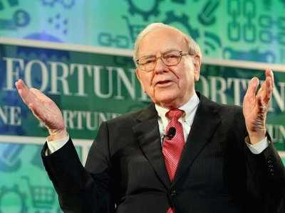 BUFFETT: The hedge fund industry's biggest profits are going to managers, not their clients