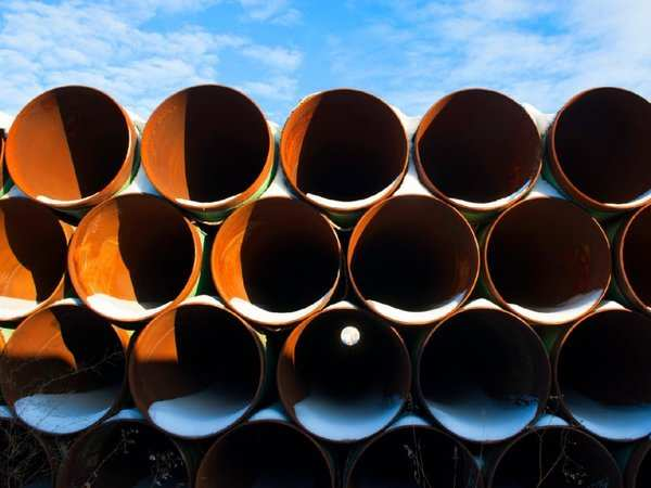 Trump approves Keystone XL pipeline, hails 'great day'