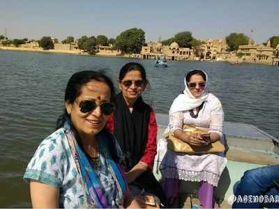 Meet the 60+ aunties, who are on a 4,400 km of roadtrip