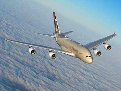 Etihad Airways is giving some customers a major perk to defy the US government's laptop ban