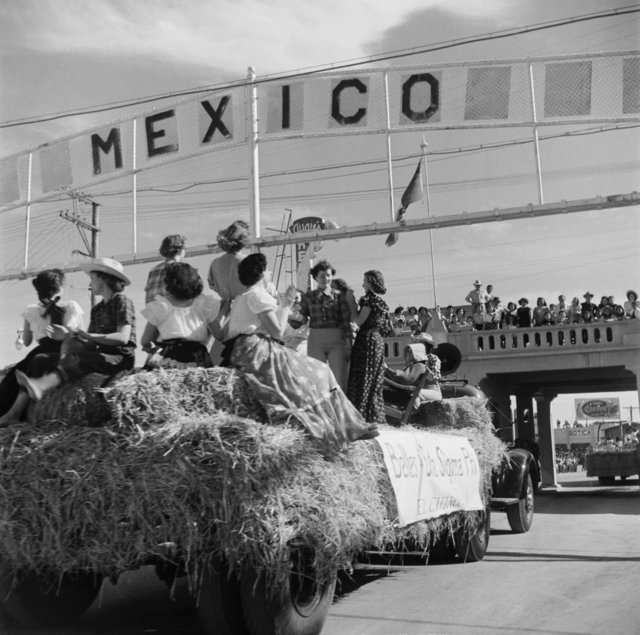 Traveling to Mexico from the US was not nearly as difficult. A Sigma Pi sorority chapter from Calexico, California cross into Tijuana in this 1950 photo.