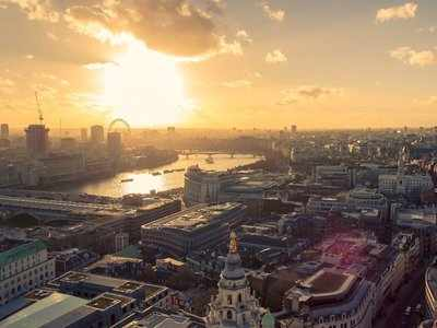 A tech startup launched by alumni of the world's largest hedge fund is launching in London